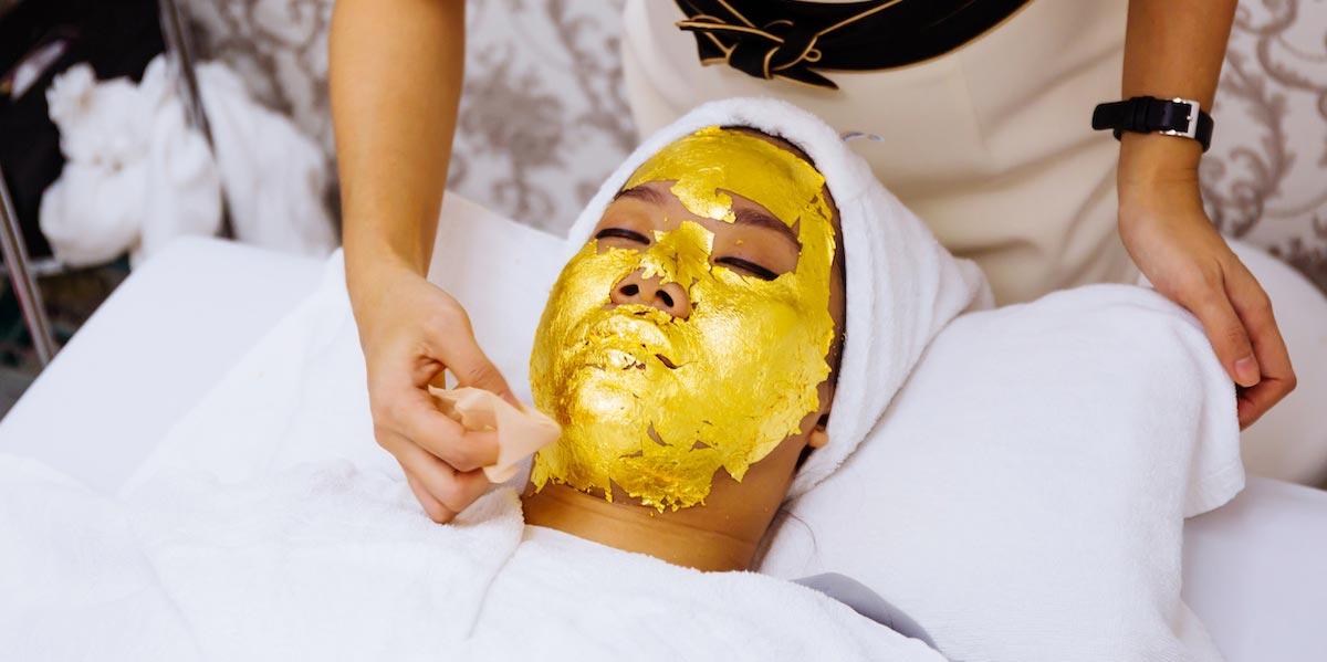Blattgold wird auch zur kosmetischen Behandlung eingesetzt