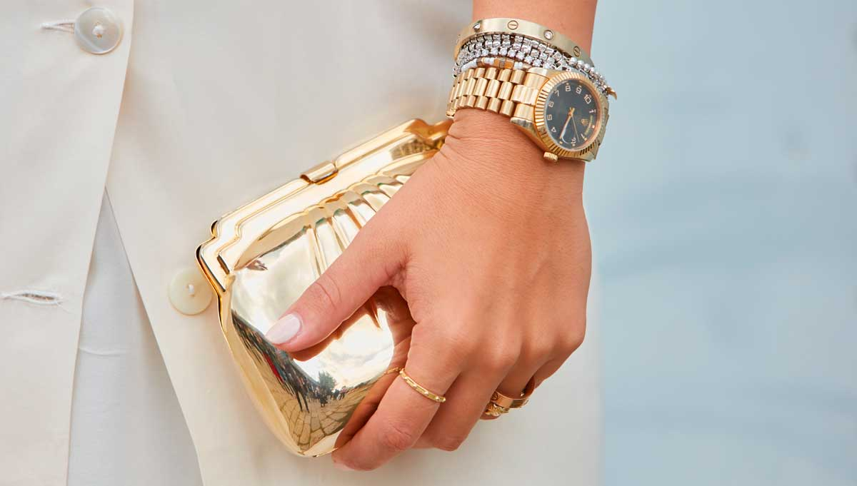 Luxuriöse, goldene Uhren sind beliebte Statussymbole